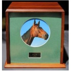 Equine 1500 Series™ Urns